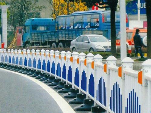 pvc公路护栏