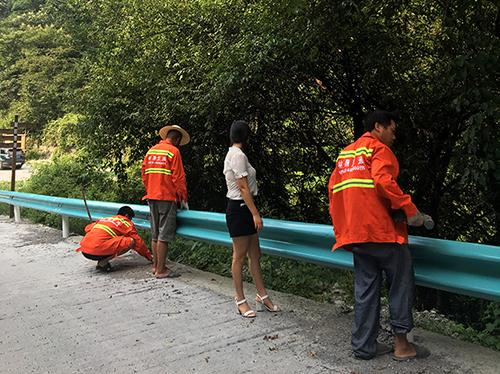 乡村公路护栏安装