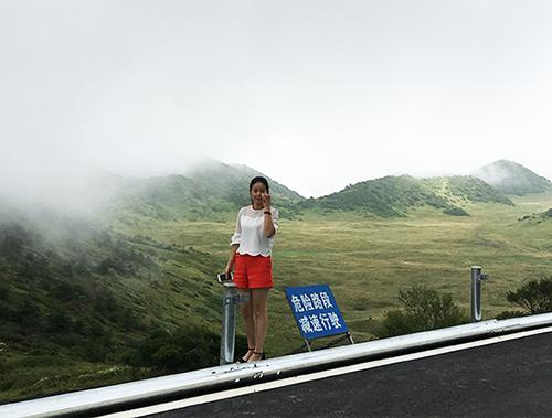 高速公路护栏施工